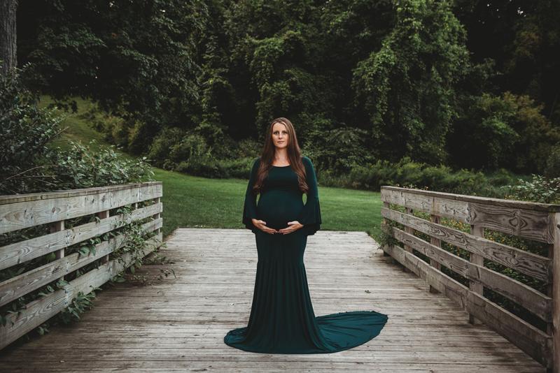 award winning outdoor grand rapids maternity photographer