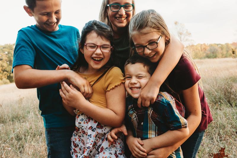 outdoor family photographer grand rapids michigan