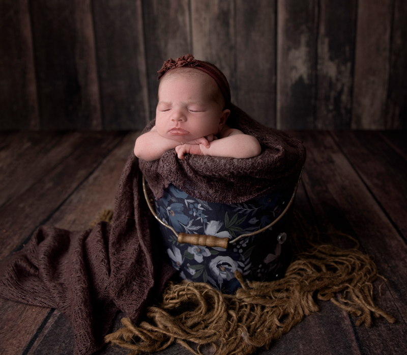 bucket newborn photography grand rapids