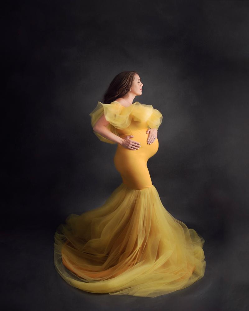 grand rapids michigan fine art maternity photography yellow gown