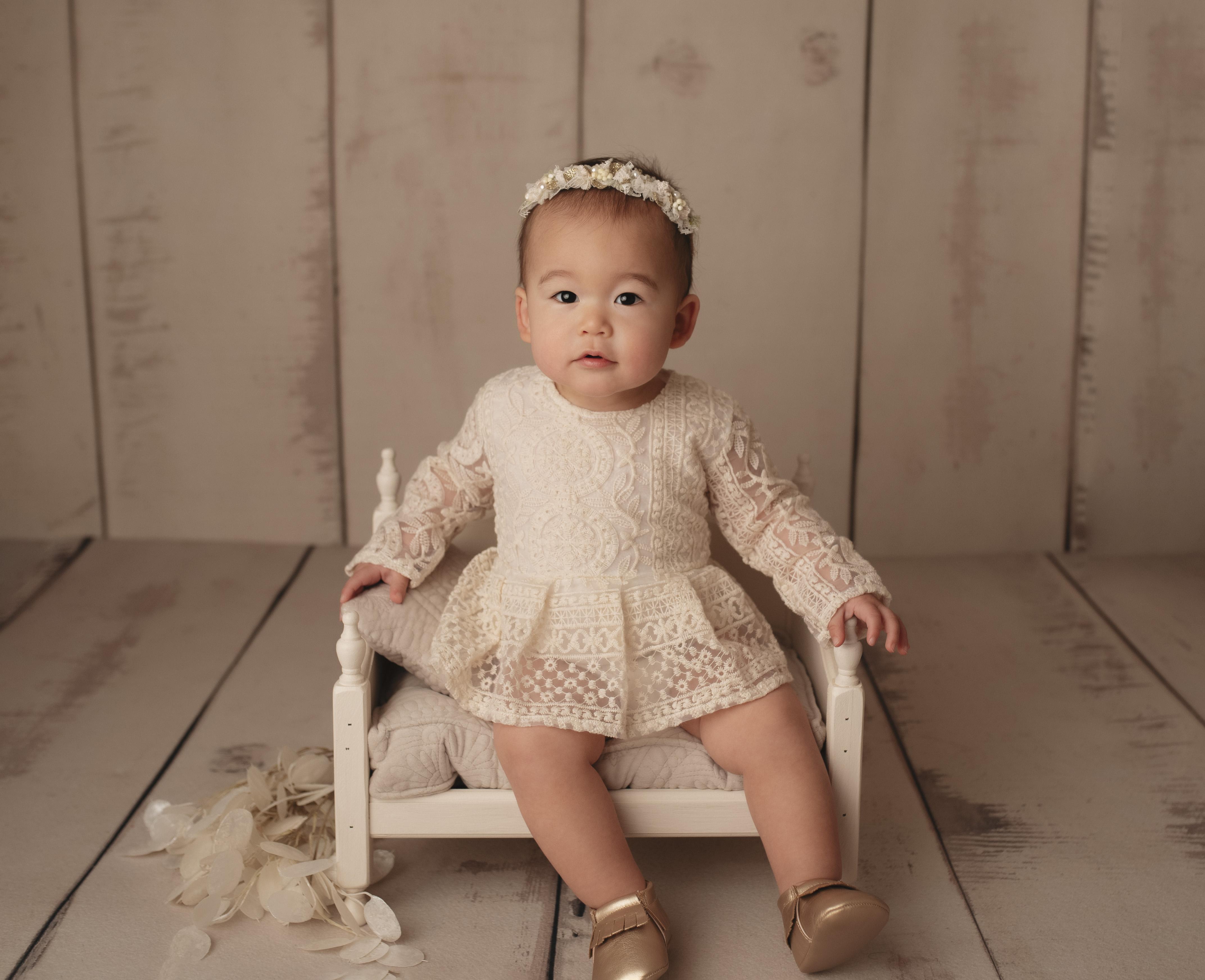 grand rapids michigan child photographer milestone studio shoot
